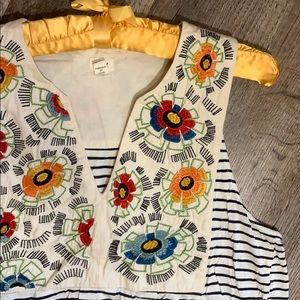 Anthropologie Tiny | Floral Bib Embroidered Shirt